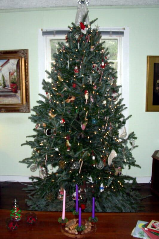 holiday home décor on a Christmas Tree